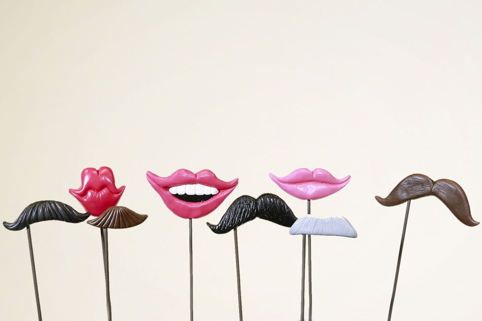 photo booth lips and staches